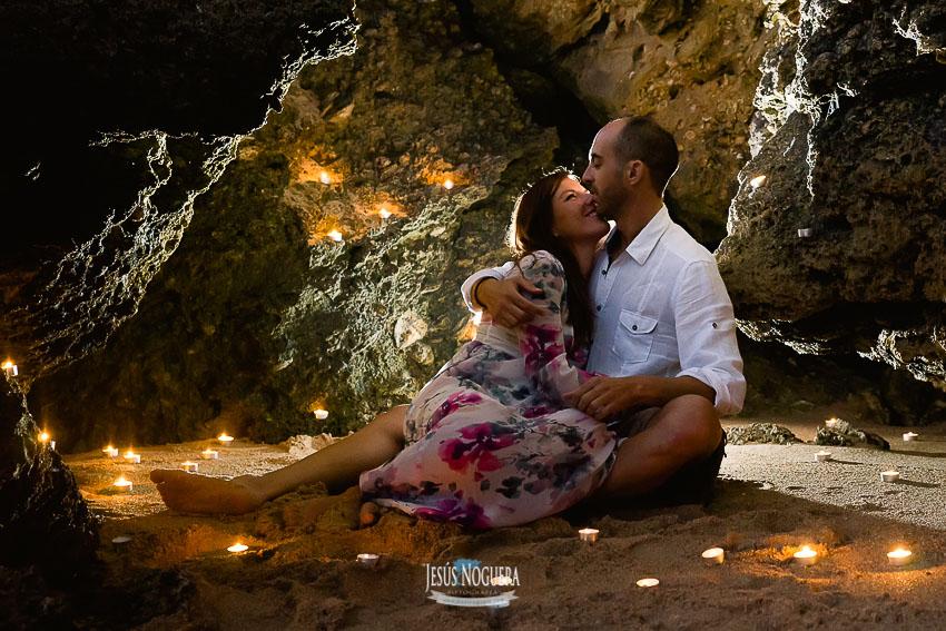 Reportaje de preboda para novios en Conil, Cádiz. Fotógrafo de bodas en Cádiz
