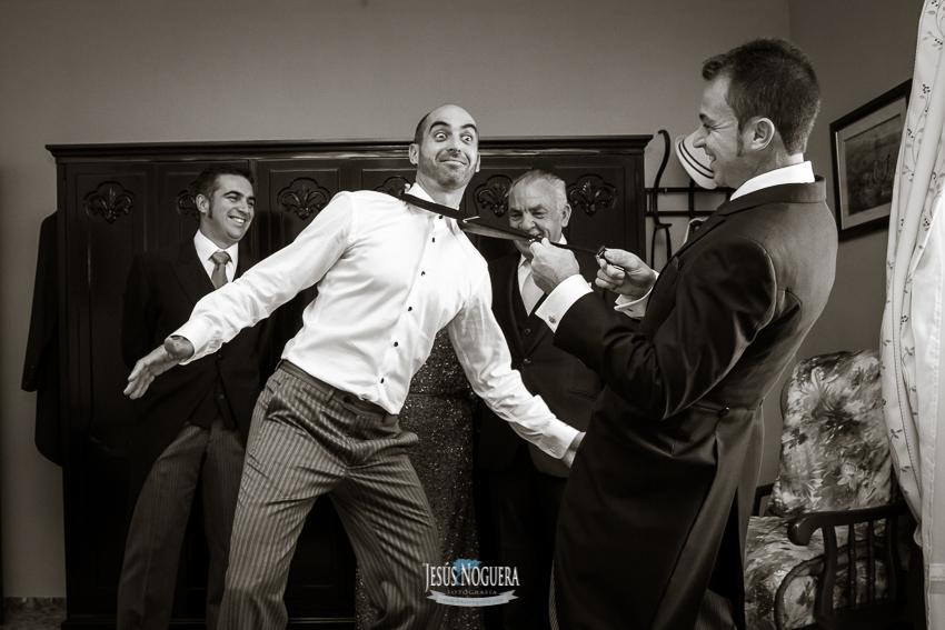 Fotógrafo de bodas en Málaga, Humilladero, Preparativos en la casa del Novio.