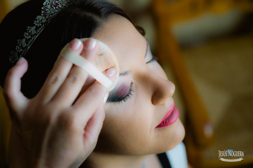 Fotógrafo de bodas en Málaga. Reportaje de Boda en casa de la novia en Humilladero, Málaga