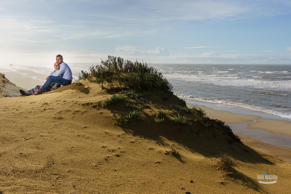 Preboda en la Aldea del Rocío. Pareja en la playa