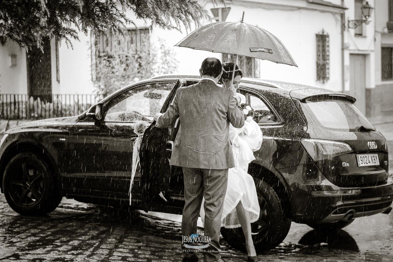 reportaje de bodas en en Malaga y celebración en el restaurante el Canal de Antequera
